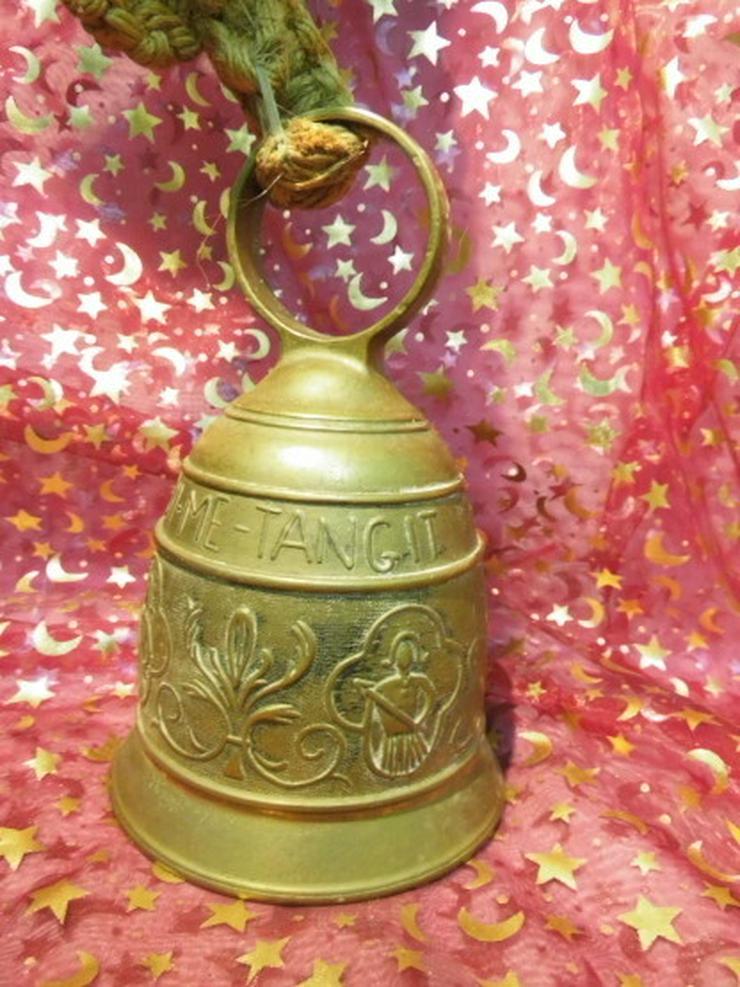 Antike Messing Türglocke mit gewebter Hanfaufh