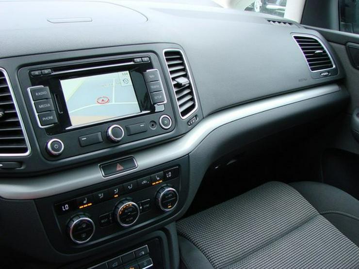 Bild 14: VW Sharan 2.0 TDI DSG Comfortline 7-Sitzer Panorama Navi Xenon