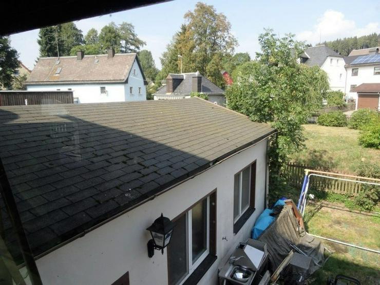 Bild 4: Renovierungsbedürftiges 1-2 Familienhaus mit Garten und Garage in Helmbrechts