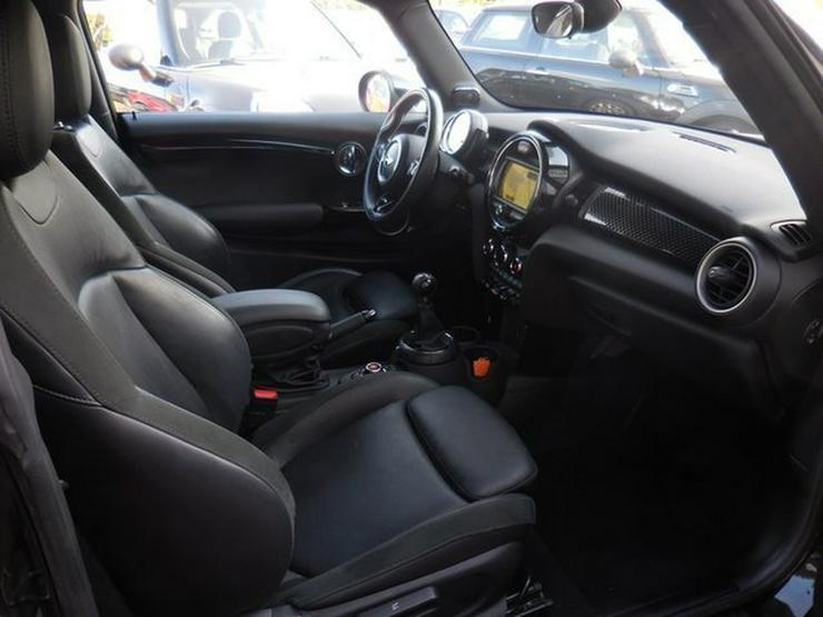 Bild 8: MINI Cooper S Klimaaut NAVI Leder Sitzhz H/K LED PDC
