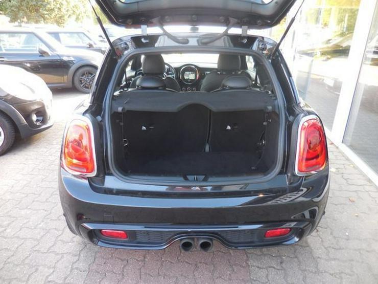 Bild 6: MINI Cooper S Klimaaut NAVI Leder Sitzhz H/K LED PDC