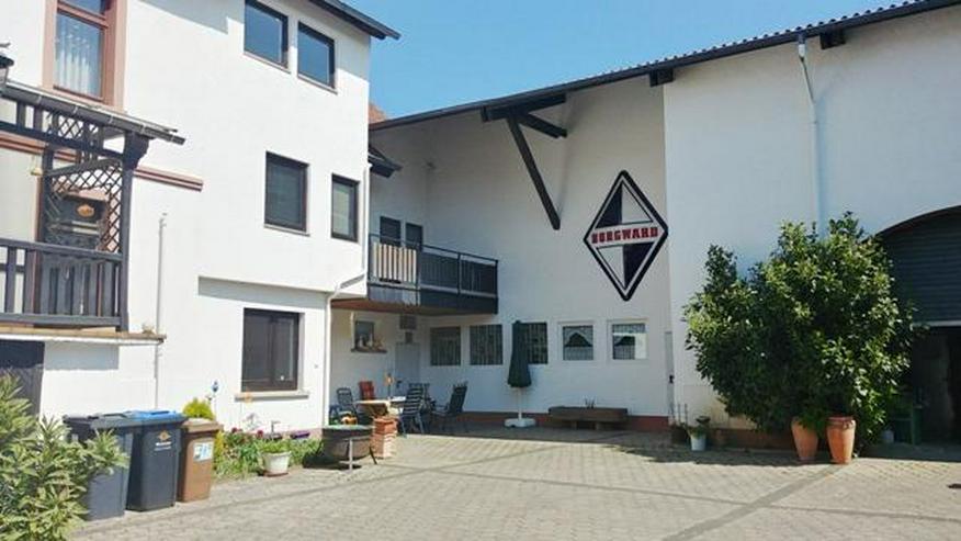2 Häuser, große Lagerhalle, Garage mit Hebebühne, großer Hof - Bild 1
