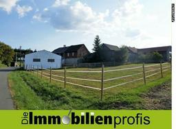Gemütlicher Vierseithof mit ca. 3.000 m² Grundstück in ländlicher Lage bei Rehau