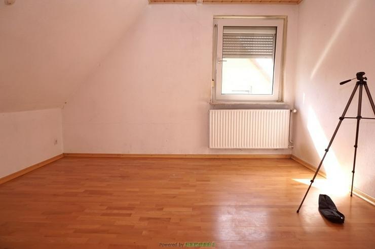 Bild 6: 1-2FH Handwerkerhaus mit 2 Garagen