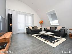 Sonnige 2,5-Zimmer Penthouse Wohnung direkt am Neckar in Stuttgart Bad Cannstatt