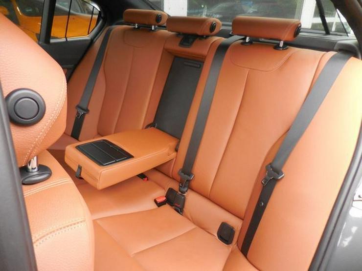 Bild 6: BMW 330 dAut>Luxury<NAVI Leder SDach und und und