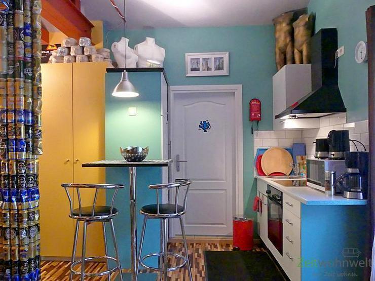 (EF0439_M) Dresden: Cotta, knallbuntes möbliertes Apartment im verrückten PopArt-Stil, r...