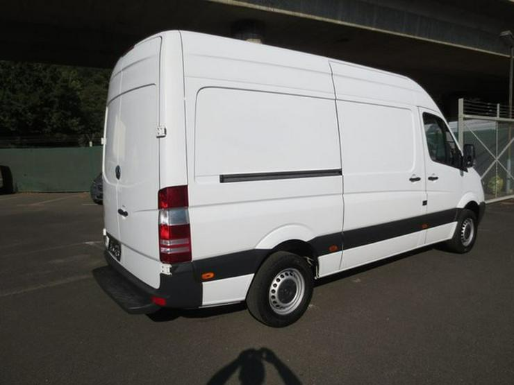 Bild 3: MERCEDES-BENZ Sprinter II Kasten 310 CDI hoch lang 3 Sitzer