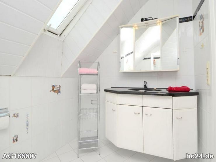Moblierte 2 Zimmer Wohnung Mit Klimaanlage Und Parkplatz In