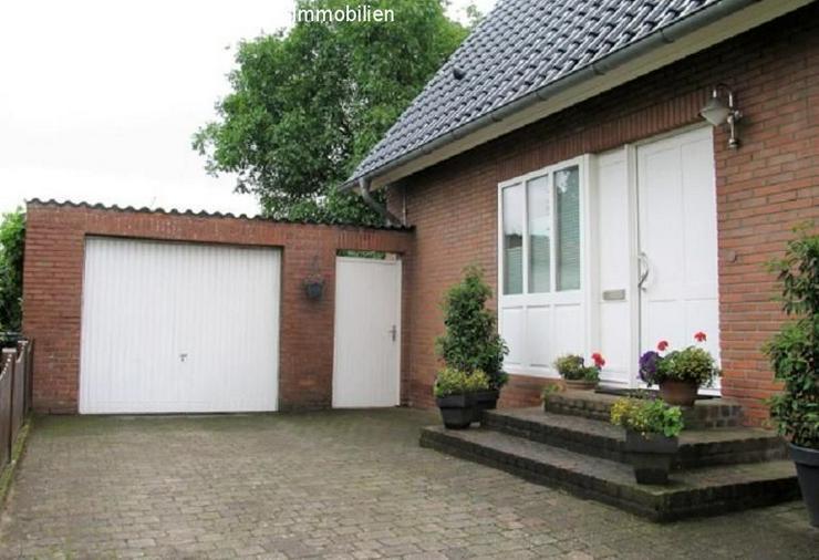 Bild 6: Freistehendes Einfamilienhaus mit großem Garten