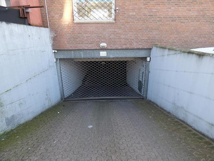Bild 6: 3-Zi.-Eigentumswohnung im 1. OG in der Innenstadt mit 2 Tiefgaragen-Stellplätzen (sofort ...