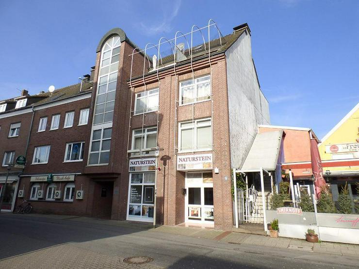 Bild 2: 3-Zi.-Eigentumswohnung im 1. OG in der Innenstadt mit 2 Tiefgaragen-Stellplätzen (sofort ...