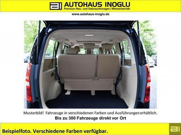 Bild 2: HYUNDAI H-1 Travel 2.5 D AT-170 8-Sitzer Navi Leder P.dach Klimaauto Alu shzg R.Cam/P.sens T.omat BT