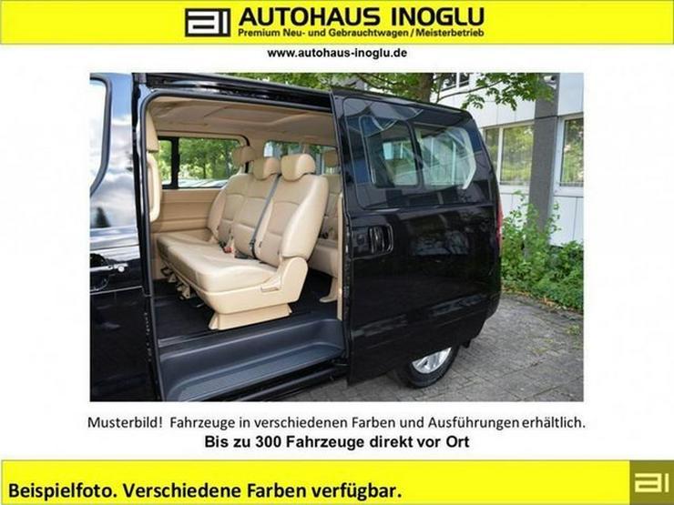 Bild 4: HYUNDAI H-1 Travel 2.5 D AT-170 8-Sitzer Navi Leder P.dach Klimaauto Alu shzg R.Cam/P.sens T.omat BT
