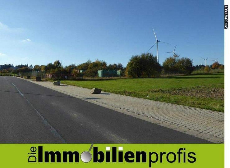 18.445 m² - Gewerbegrundstück an der Autobahn A 93 in Thiersheim