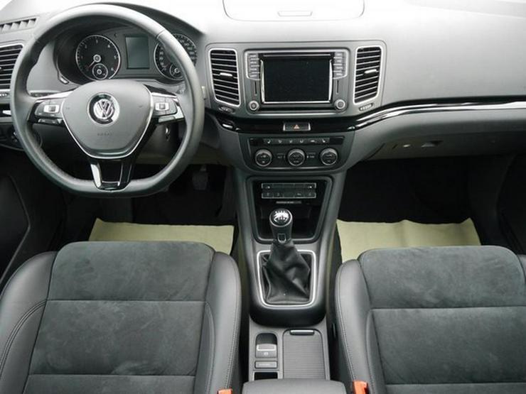 Bild 6: VW Sharan 2.0 TDI DPF HIGHLINE * BMT * ACTIVE LIGHTING SYSTEM * NAVI * 7-SITZER * RÜCKFAHRKAMERA
