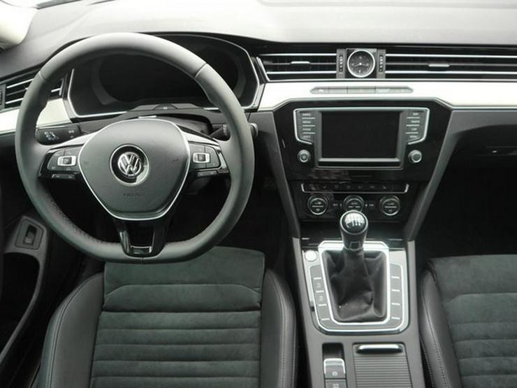 Bild 6: VW Passat Variant 2.0 TDI DPF SCR HIGHLINE * BMT * R-LINE EXTERIEUR * BUSINESS PREMIUM-PAKET * 18 ZO