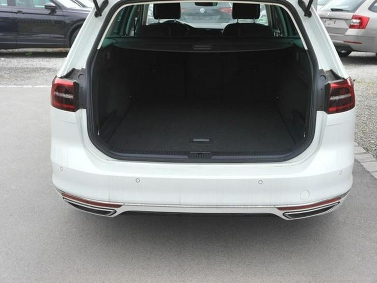 Bild 5: VW Passat Variant 2.0 TDI DPF SCR HIGHLINE * BMT * R-LINE EXTERIEUR * BUSINESS PREMIUM-PAKET * 18 ZO