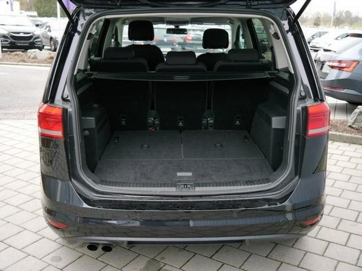 Bild 5: VW Touran 2.0 TDI DPF SCR SOUND * BMT * ACC * NAVI * PARK ASSIST * SHZG * TEMPOMAT * 17 ZOLL