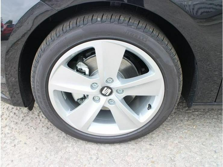 Bild 3: SEAT Leon 2.0 TDI DPF DSG FR * START&STOP * PARKTRONIC * SITZHEIZUNG * TEMPOMAT * TEILLEDER