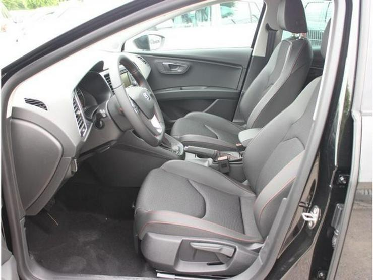 Bild 4: SEAT Leon 2.0 TDI DPF DSG FR * START&STOP * PARKTRONIC * SITZHEIZUNG * TEMPOMAT * TEILLEDER