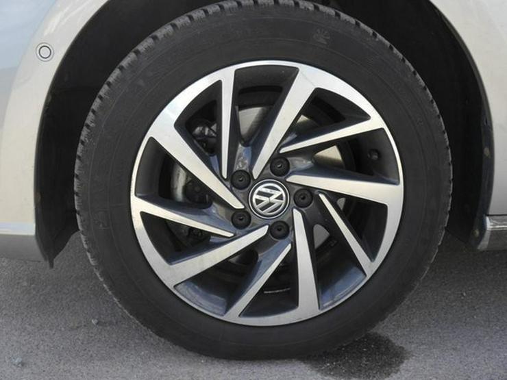 Bild 3: VW Golf VII 1.5 TSI ACT DSG SOUND * ACC * NAVI * PARK ASSIST * SITZHEIZUNG * TEMPOMAT * 16 ZOLL
