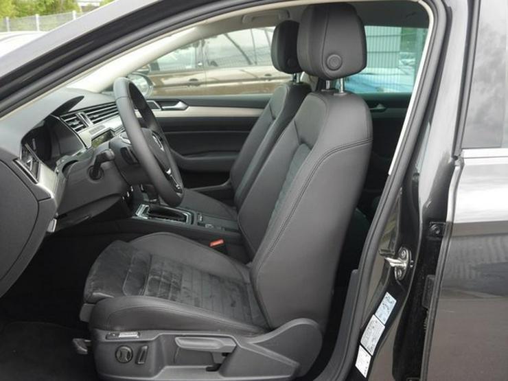 Bild 4: VW Passat Variant 2.0 TDI DPF DSG SCR HIGHLINE * R-LINE EXTERIEUR * BUSINESS PREMIUM-PAKET * ACC