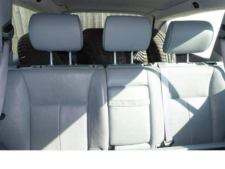 Bild 7: MERCEDES-BENZ E 320 T-Modell Elegance Automatik Leder Alu WR § 9/20