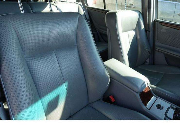 Bild 20: MERCEDES-BENZ E 320 T-Modell Elegance Automatik Leder Alu WR § 9/20