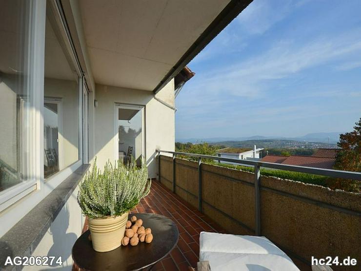 Bild 5: Wunderschön möblierte Wohnung mit zwei Balkonen und Blick auf die Schwäbische Alb in
