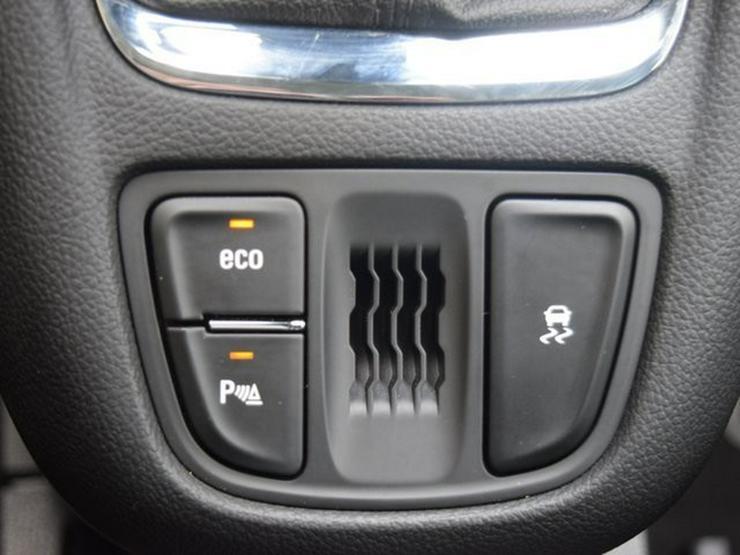 Bild 23: OPEL Zafira 1.4 T S&S Navi 4.0 IntelliLink/Cam Klimaauto. Alu17 Temp PDC OnStar NSW 7 Sitzer