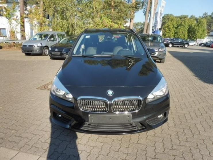 Bild 2: BMW 220 Gran Tourer ADVANTAGE 220d STEPTRONIC +NAVI