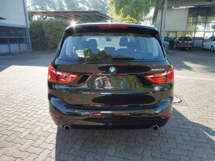 Bild 4: BMW 220 Gran Tourer ADVANTAGE 220d STEPTRONIC +NAVI