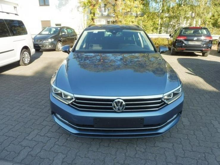 Bild 2: VW Passat Variant 2.0 TDI DSG/NAVI/STHZ/ACC/LED-SW