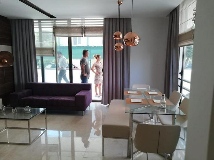 Bild 6: Luxuriöse EG-Doublex mit 3 Schlafzimmern - Strandnah