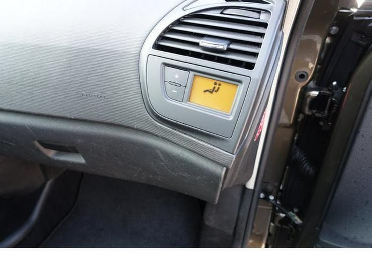 Bild 23: CITROEN C4 Picasso Tend. 1,6 HDI 7. Sitzer PDC Alu WR AHK SHZ