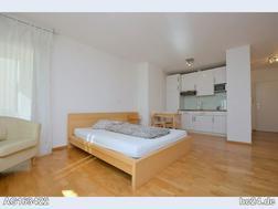 Möbliertes Apartment mit Balkon in Wiesbaden