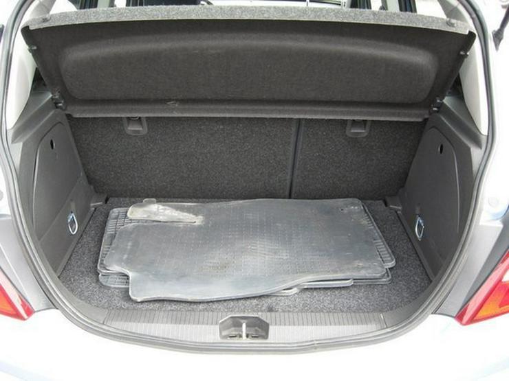 Bild 6: OPEL Corsa D 1,2 Twinport Innovation 5-Türer, Klima