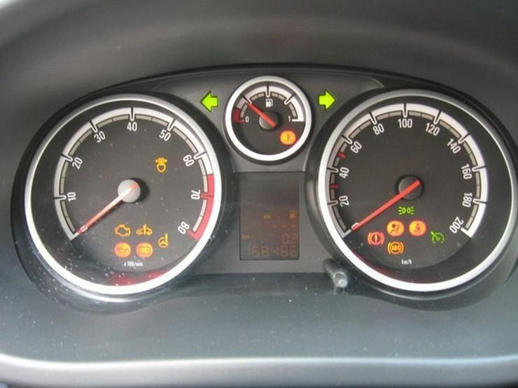 Bild 14: OPEL Corsa D 1,2 Twinport Innovation 5-Türer, Klima
