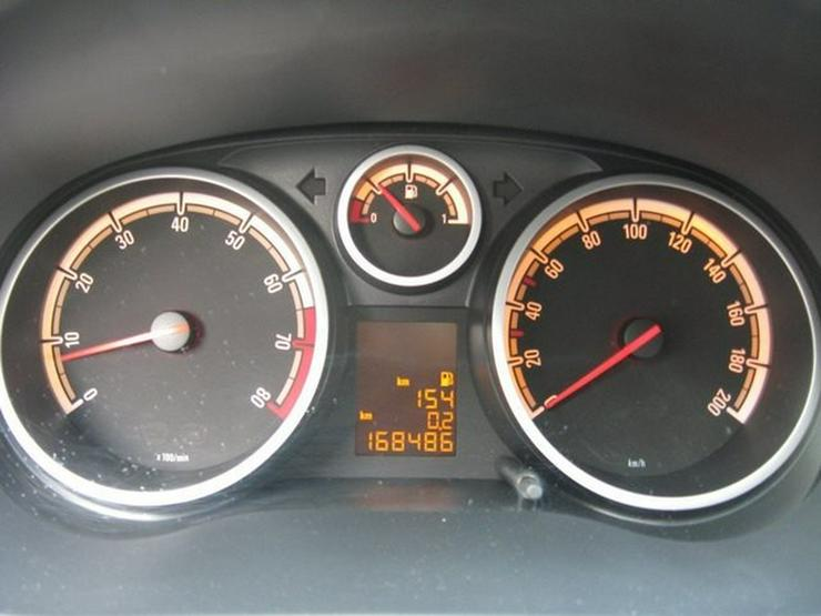 Bild 15: OPEL Corsa D 1,2 Twinport Innovation 5-Türer, Klima