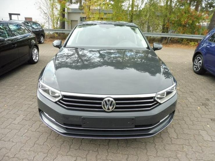 Bild 2: VW Passat Limo. HIGHLINE 2.0 TDI +NAVI/ACC/LED-SW