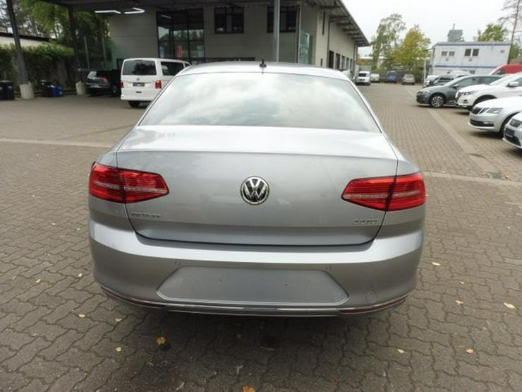 Bild 4: VW Passat Limo. HIGHLINE 2.0 TDI DSG +NAVI/ACC/PANO