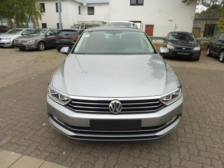 Bild 2: VW Passat Limo. HIGHLINE 2.0 TDI DSG +NAVI/ACC/PANO
