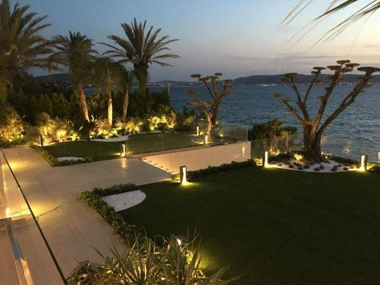 Bild 4: Traum-Designervilla - direkt am Meer gelegen - einmalig