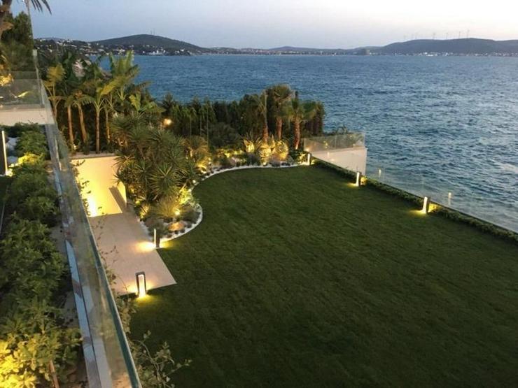 Bild 2: Traum-Designervilla - direkt am Meer gelegen - einmalig