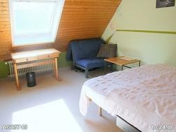 Modern möbliertes Zimmer in Cadolzburg