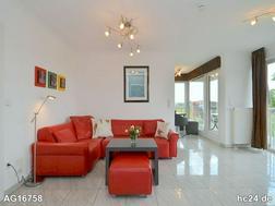 Exklusive, modern möblierte 3-Zimmer-Penthousewohnung mit WLAN und Balkon in Fürth