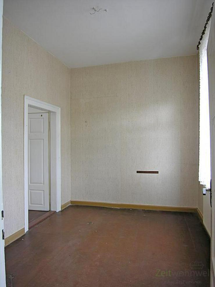 Bild 6: (12534_05) MGN: teilsanierte 4-Raum-Wohnung mit Balkon im 2. OG eines Mehrfamilienhauses i...