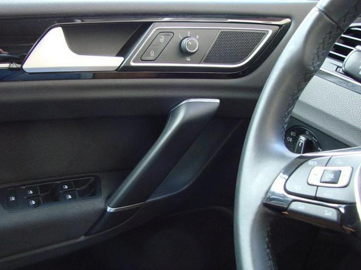 Bild 15: VW Golf Sportsvan 1.4TSI Highline Xenon Navi Alcantara Kamera