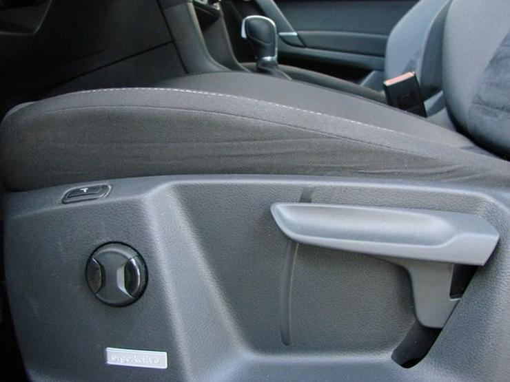 Bild 17: VW Golf Sportsvan 1.4TSI Highline Xenon Navi Alcantara Kamera